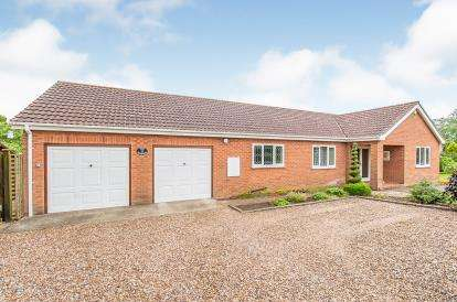 4 Bedrooms Bungalow for sale in Pinfold Lane, Halton Holegate, Spilsby, Lincolnshire