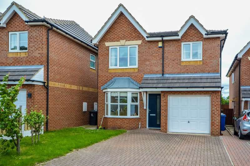 4 Bedrooms Detached House for sale in Summer View, Royston, Barnsley