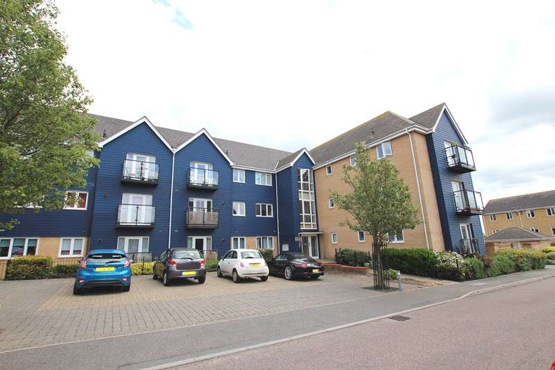 2 Bedrooms Apartment Flat for sale in Zeus Road, Southend-On-Sea, SS2
