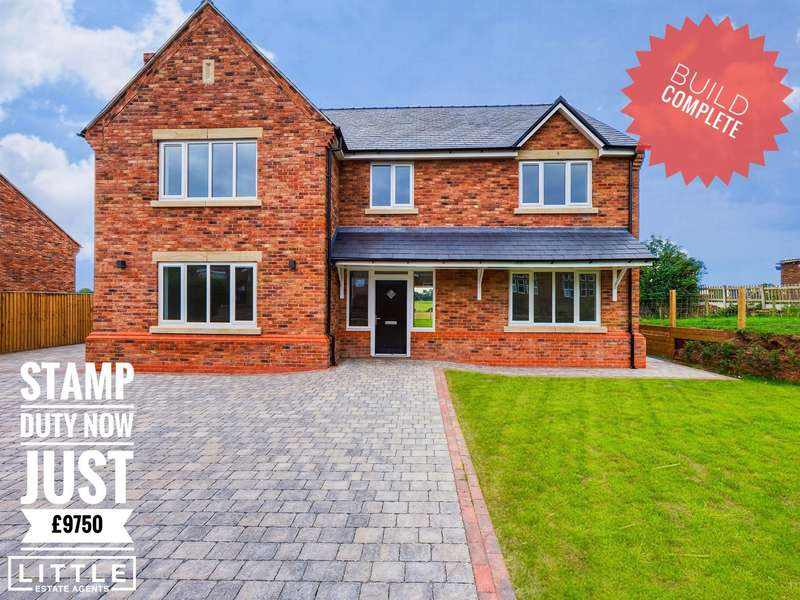 4 Bedrooms Detached House for sale in Chester Road, Daresbury, WA4