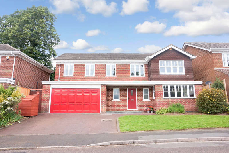 5 Bedrooms Detached House for sale in St. Margarets, Off Rosemary Hill Road