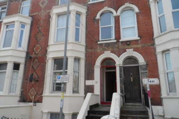 2 Bedrooms Flat for sale in Elphinstone Road, Southsea, Portsmouth, PO5
