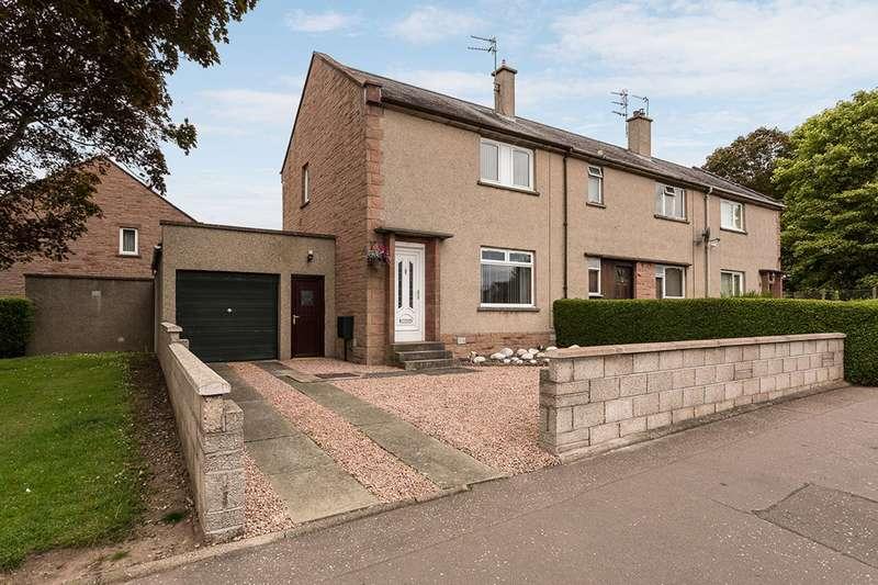3 Bedrooms Villa House for sale in Arbirlot Road, Arbroath, Angus, DD11 2ES
