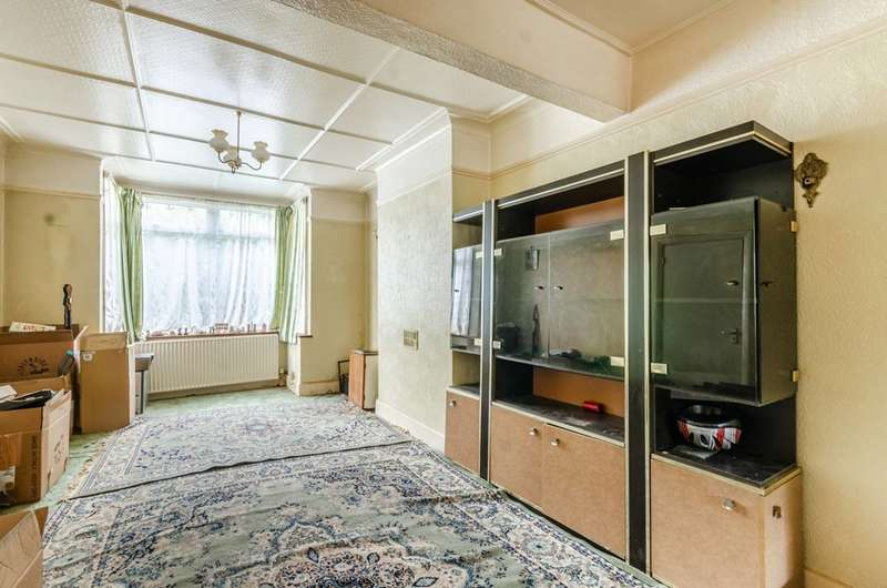 3 Bedrooms Terraced House for sale in Ridge Road, Mitcham, CR4