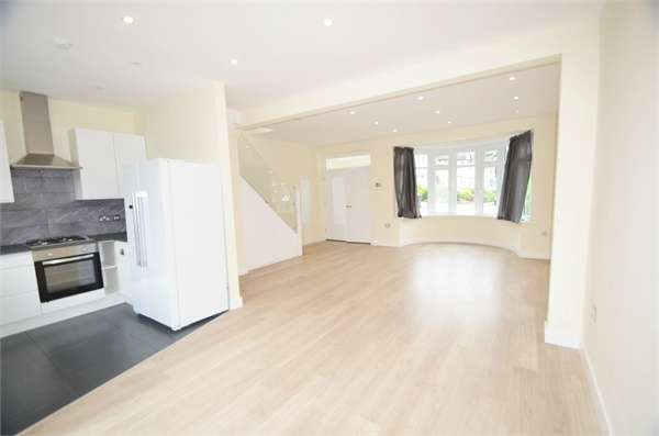 5 Bedrooms Semi Detached House for rent in Maxwelton Close, Mill Hill