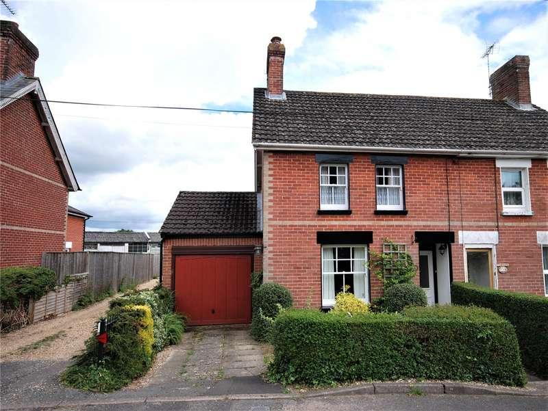 3 Bedrooms Semi Detached House for sale in Ashford Road, Fordingbridge, Hampshire, SP6