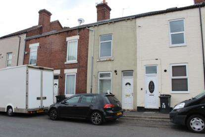 3 Bedrooms Terraced House for sale in Woodfield Road, Doncaster