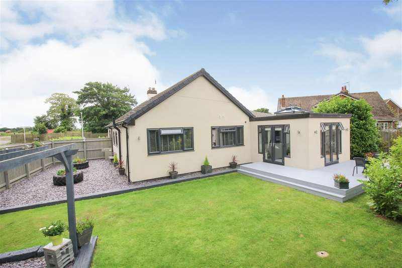 4 Bedrooms Detached Bungalow for sale in Leas Lane, Seaton, Hull