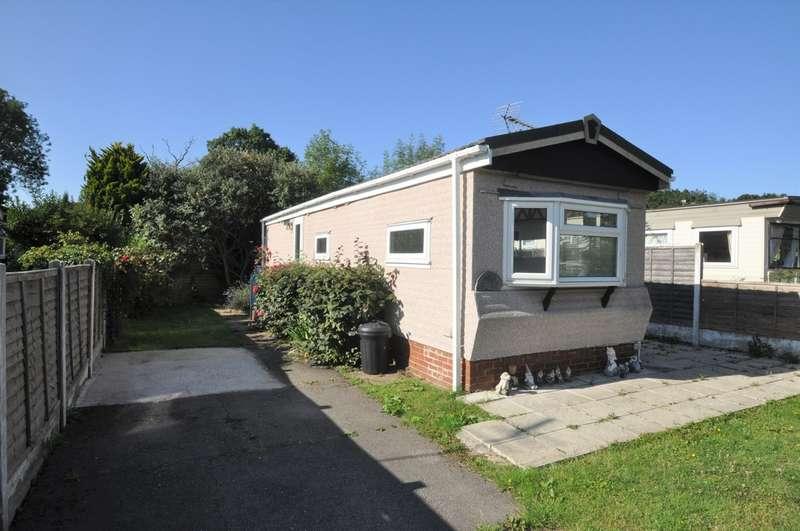 1 Bedroom Property for sale in Kingsleigh Park Homes, Thundersley