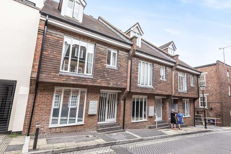 1 Bedroom Flat for sale in St. Clement Street, Winchester