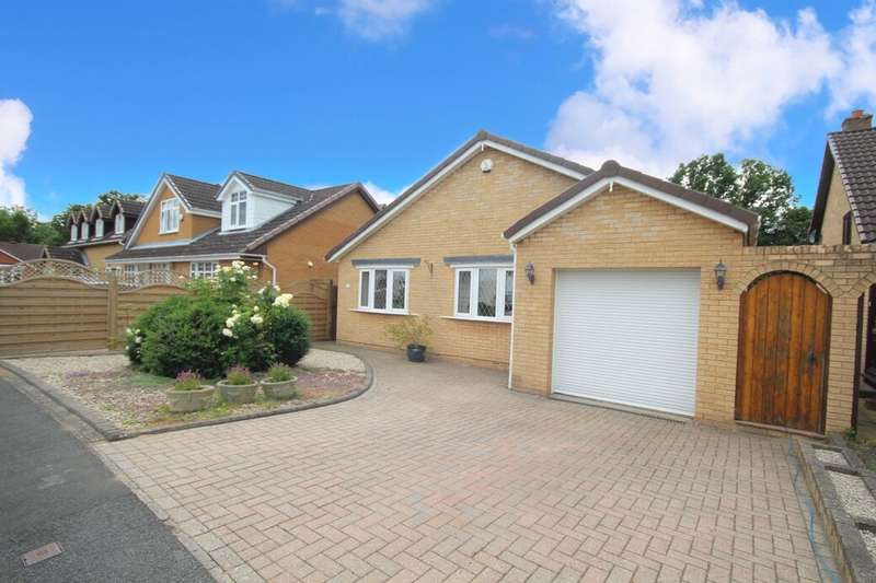 4 Bedrooms Detached House for sale in Marlborough Road, Marton-In-Cleveland, Middlesbrough, TS7