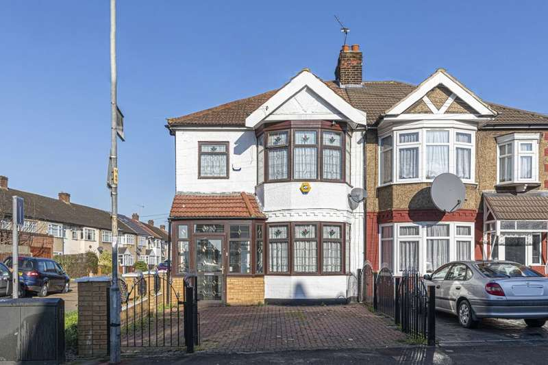 5 Bedrooms Semi Detached House for sale in Mill Lane, Chadwell Heath, Romford, RM6
