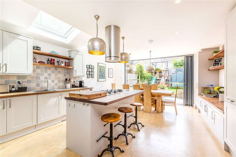5 Bedrooms Terraced House for sale in Hansler Road, East Dulwich, London, SE22
