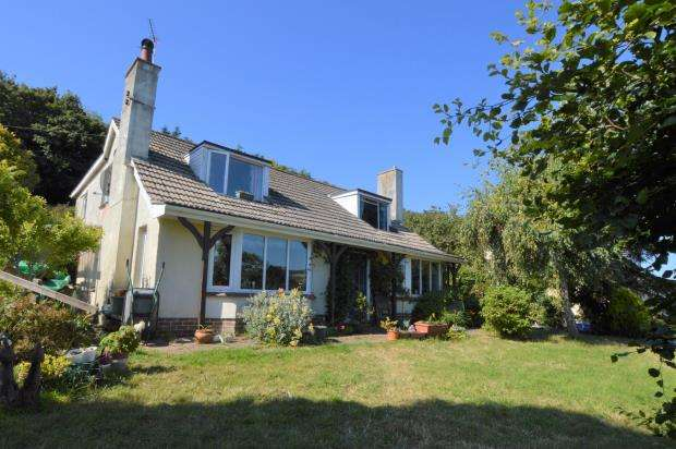 4 Bedrooms Detached House for sale in Torquay Road, Shaldon, Teignmouth, Devon