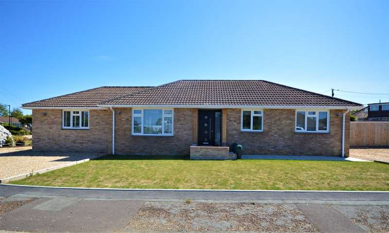 4 Bedrooms Detached Bungalow for sale in Cupressus Avenue, Winford