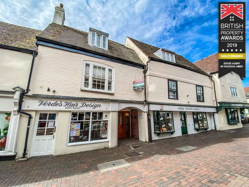 2 Bedrooms Flat for sale in Sun Street, Waltham Abbey, Essex, EN9