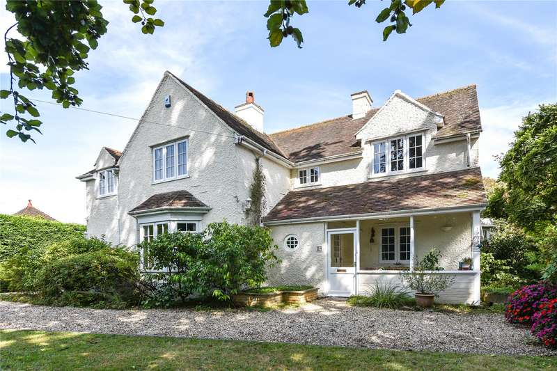 4 Bedrooms Detached House for sale in Southampton Road, Lymington, Hampshire, SO41