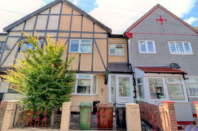 3 Bedrooms Property for sale in Tanner Street, Barking