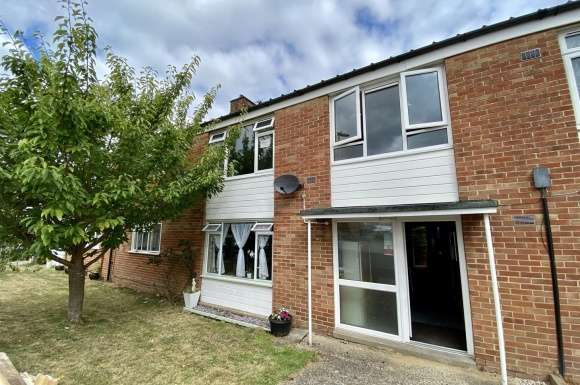 2 Bedrooms Maisonette Flat for sale in Mount Pleasant, Tadley
