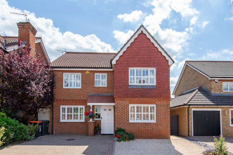 4 Bedrooms Detached House for sale in Portland Ride, Houghton Regis, Bedfordshire
