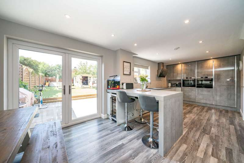 4 Bedrooms House for sale in Raybarn road, HP1