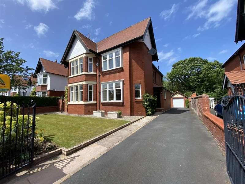 4 Bedrooms Detached House for sale in Norfolk Road, Lytham
