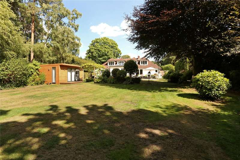 4 Bedrooms Detached House for sale in Stonehill Road, Headley Down, Hampshire, GU35