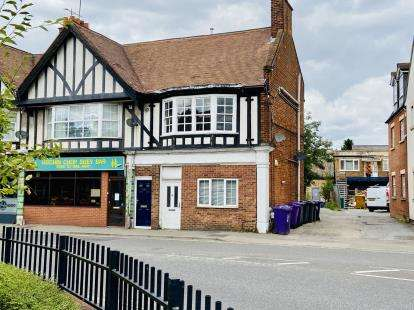 1 Bedroom Flat for sale in Nightingale Road, Hitchin, Herts, England