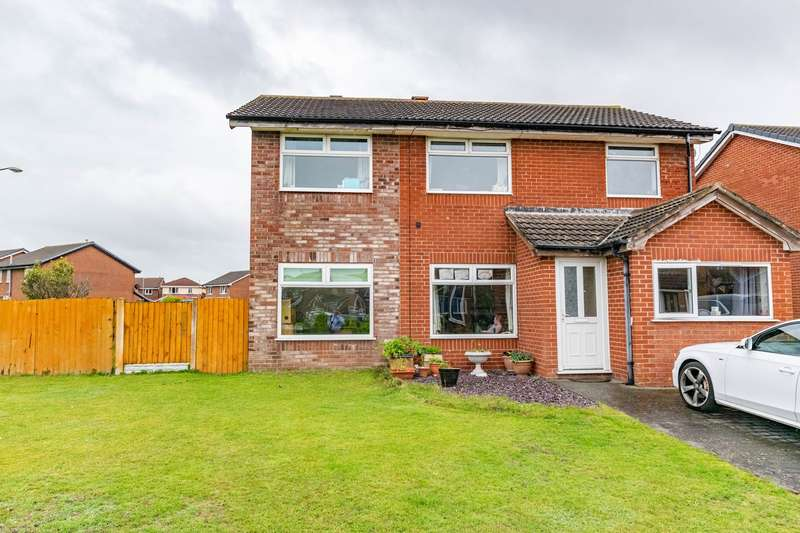 6 Bedrooms Detached House for sale in Jervis Close, Lytham St Annes, FY8