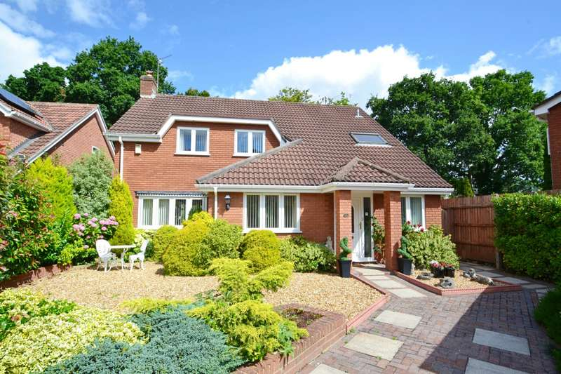 5 Bedrooms Detached House for sale in Ferndown