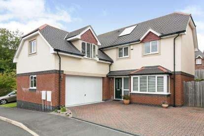 5 Bedrooms Detached House for sale in Gwel Y Castell, Llandudno Junction, Conwy, LL31