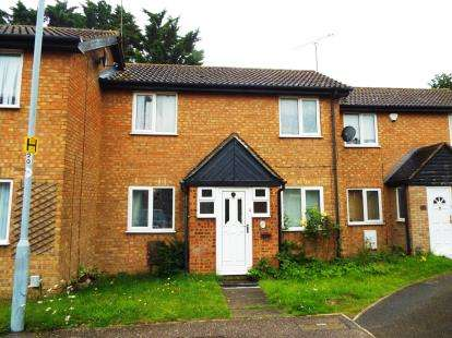 2 Bedrooms Terraced House for sale in Rodeheath, Luton, Bedfordshire