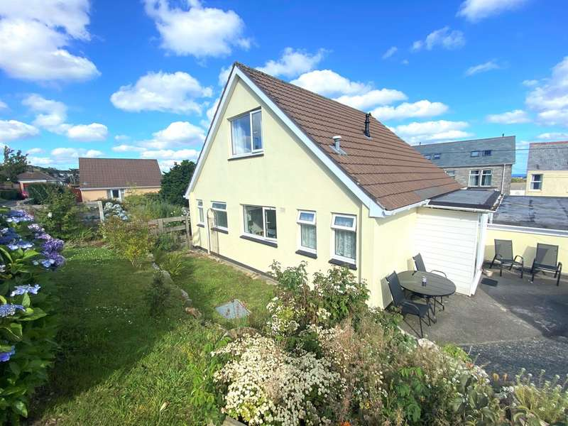 3 Bedrooms Semi Detached House for sale in Ropehaven Road, St. Austell