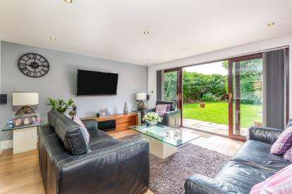 5 Bedrooms Detached House for sale in Abbey Road, Blackpool, Lancashire, ., FY4