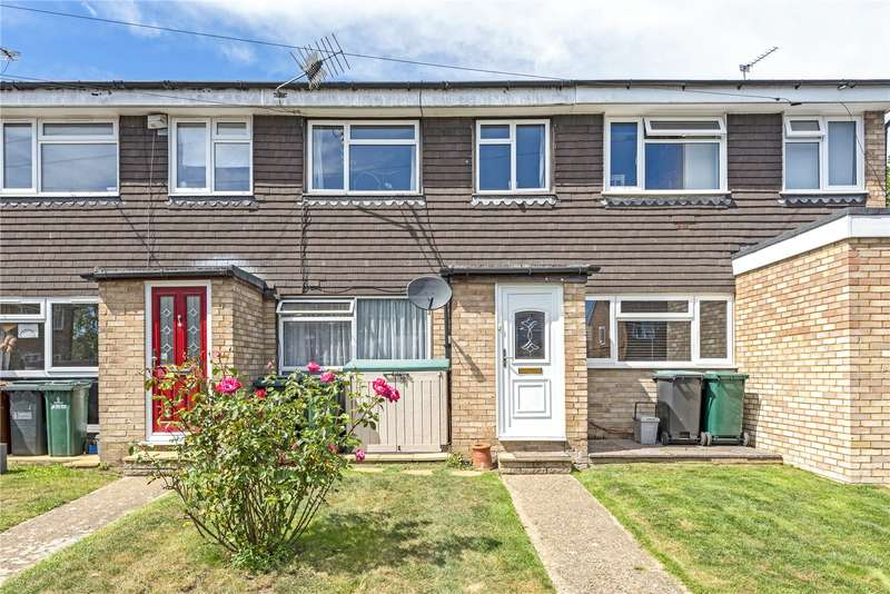 3 Bedrooms Terraced House for sale in Hall Close, Mill End, Rickmansworth, Hertfordshire, WD3