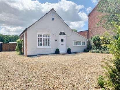 2 Bedrooms Detached House for sale in Sedgeford, Hunstanton, Norfolk