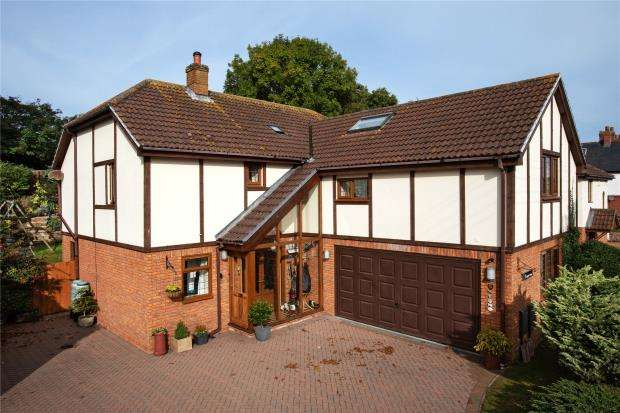 4 Bedrooms Detached House for sale in Maple Mews, East Budleigh Road, Budleigh Salterton, Devon