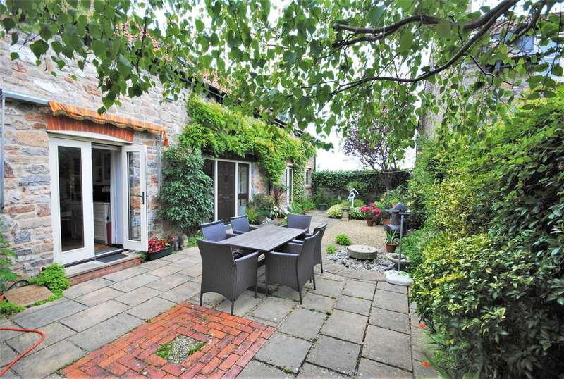 4 Bedrooms Detached House for sale in Furlong Place, Axbridge