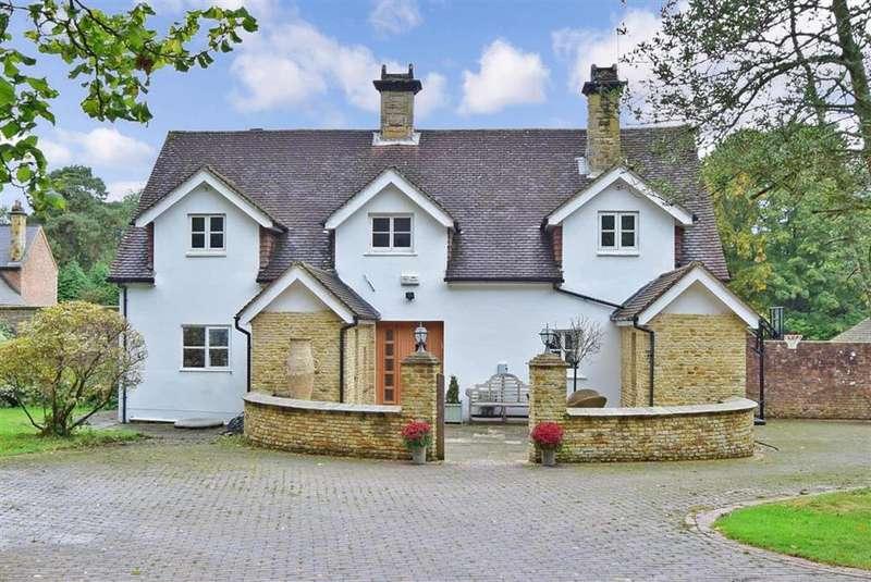 4 Bedrooms Detached House for sale in Wilderwick Road, , East Grinstead, West Sussex