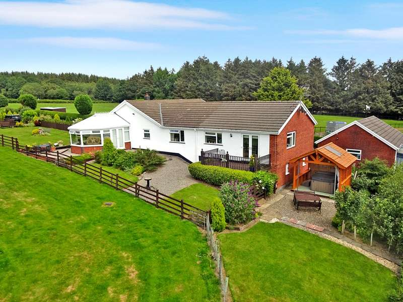 4 Bedrooms Equestrian Facility Character Property for sale in Llanafanfawr, Builth Wells, Powys, LD2 3LR