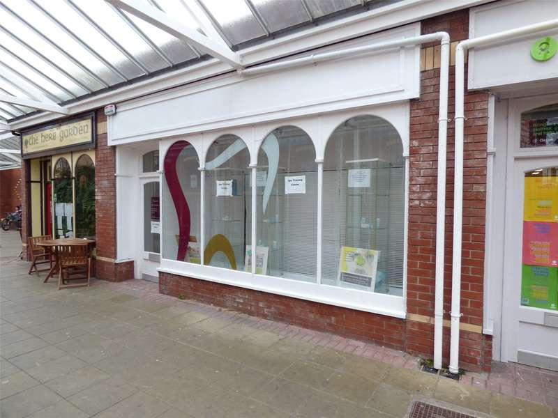 Office Commercial for rent in 4 Spa Centre, Station Crescent, Llandrindod Wells, Powys, LD1 5BB