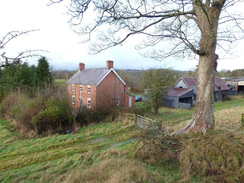 3 Bedrooms Detached House for sale in Crossgates, Llandrindod Wells, Powys, LD1 6RF
