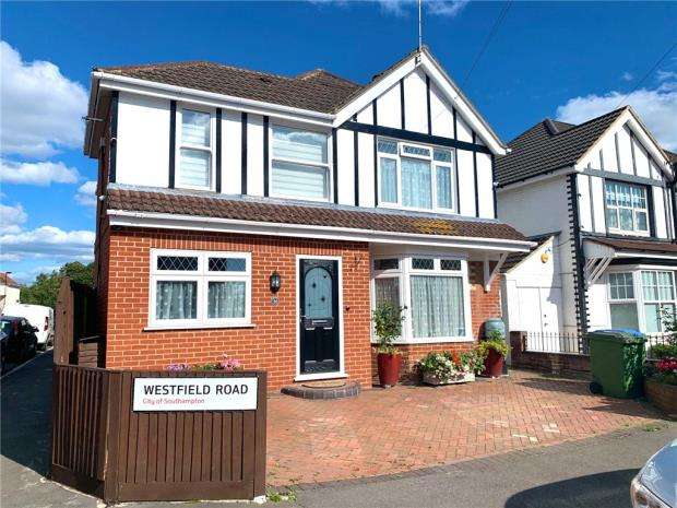 4 Bedrooms Detached House for sale in Westfield Road, Southampton, Hampshire