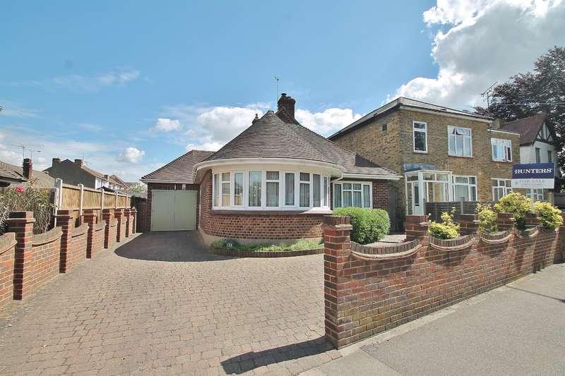 2 Bedrooms Bungalow for sale in Vale Road, Northfleet, Kent, DA11 8BX