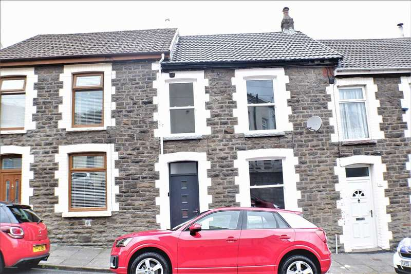 3 Bedrooms Terraced House for sale in George Street, Tonypandy