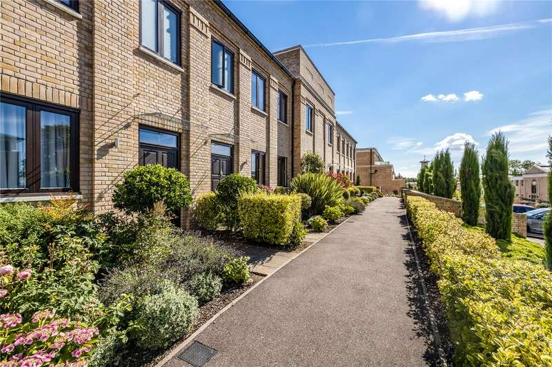 3 Bedrooms Terraced House for sale in Soane Square, Stanmore, HA7