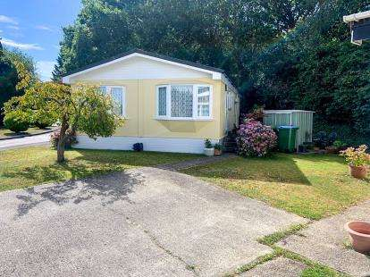 2 Bedrooms Mobile Home for sale in Fleet End Road, Warsash, Southampton