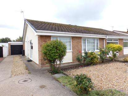 2 Bedrooms Bungalow for sale in Plastirion, Towyn, Conwy, ., LL22