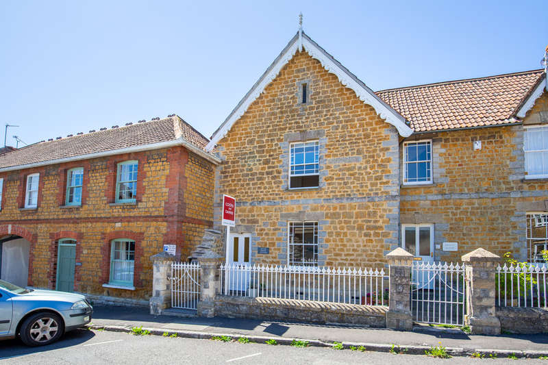 3 Bedrooms Town House for sale in Bailey Hill, Castle Cary