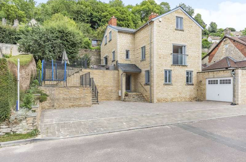 4 Bedrooms Detached House for sale in Lower Newmarket Road, Nailsworth, Stroud, GL6